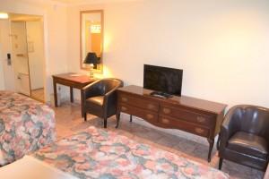 Merced Inn and Suites - 2 Queen Beds Guest Room Amenities