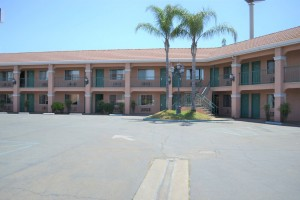 Merced Inn and Suites - Ample Parking
