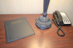 Merced Inn and Suites - Guest Room Work Desk